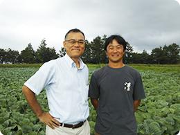 株式会社 野菜くらぶの毛利さんと山田さん