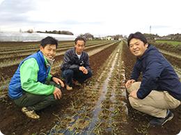 (左)宇井さん(中央)池延さん(右)森田社長