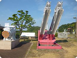 因島大橋のケーブル断面図とアンカーフレームの模型