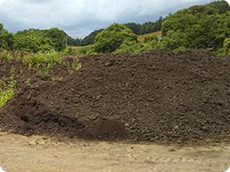 地元で調達した堆肥